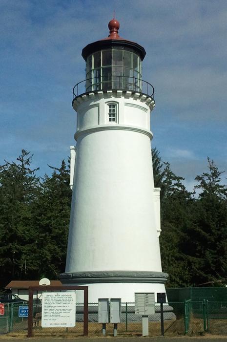 lighthouse © lynne medsker