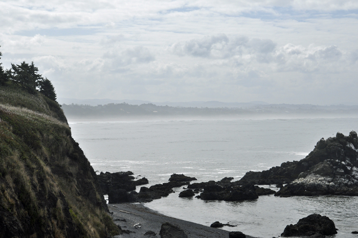 rocky shore @ yaquina head light house