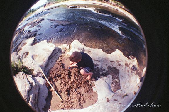 sand play © lynne medsker