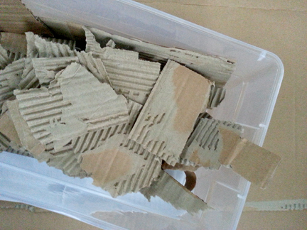 blog, cardboard pieces
