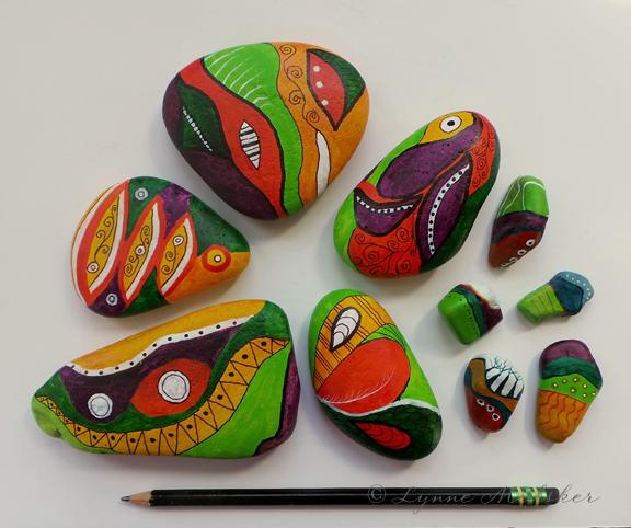 Painted stones © Lynne Medsker
